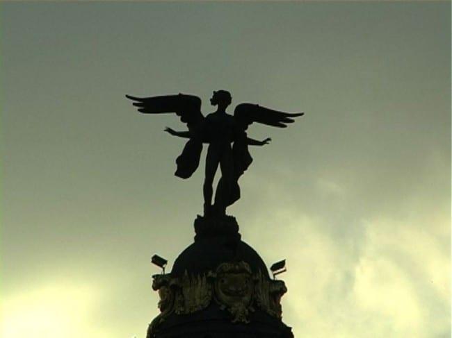 Escultura Metropolis