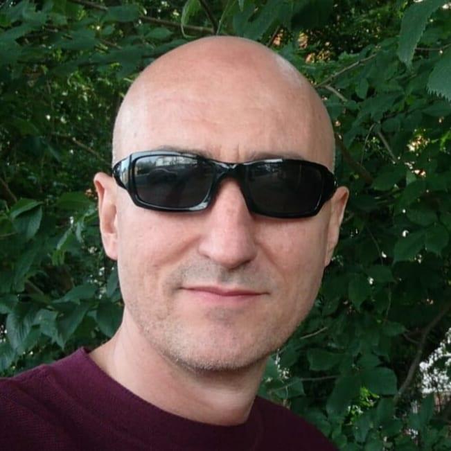 Carlos Serrano Azcona