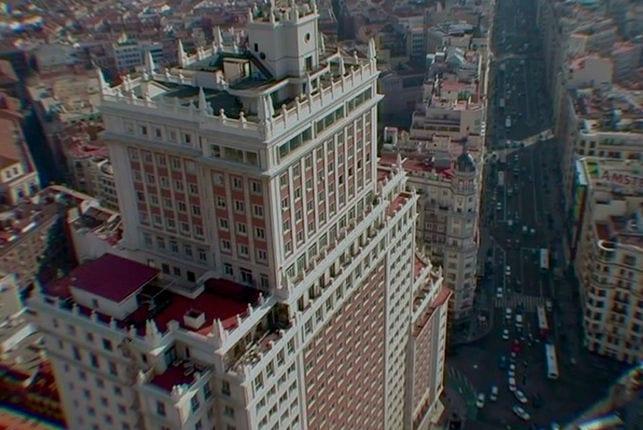 Llega a las salas Edificio España, de Víctor Moreno