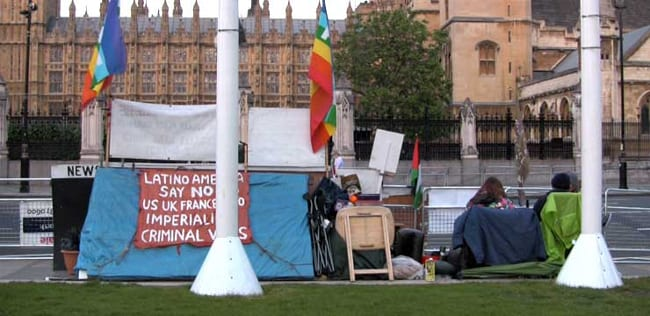 Fotograma de Letters from Parliament Square